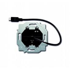 ABB BJE Зарядное устройство 6474 U-500, micro USB-кабель, 1400 мА, электр. защита от перегр и КЗ